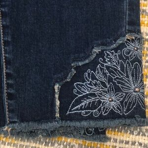 Style & Co Jeans - Blue jeans with flower design